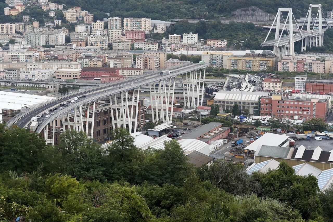 photos/e93c3e_genova_bridge_collapse_2_x974.jpg